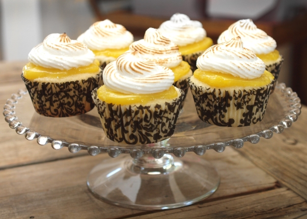 Lemon Meringue Cupakes on Stand